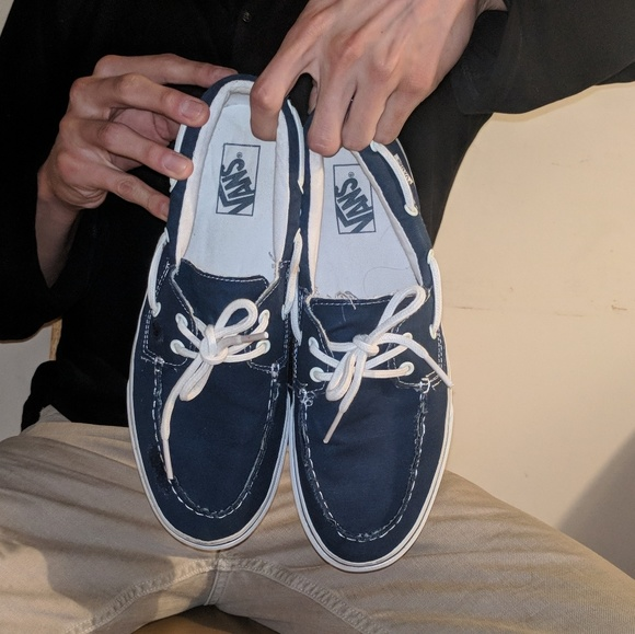 df0211d740 Navy Blue  White Vans Boat Shoes. M 5a9448c884b5ce021361353b